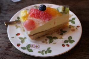 フルーツのレアチーズ1